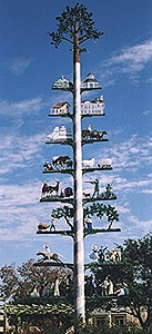 The Maibaum represents the town's German roots
