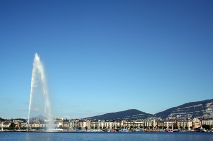 Geneva and its landmark jet d'eau fountain