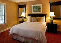 A guest room at Southampton Inn in New York