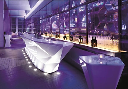 OZONE, the highest bar in the world