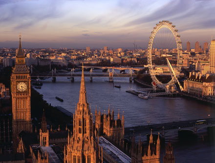 Another amazing view of London's skyline from the top of Victoria Tower