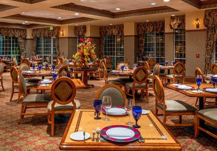The dining room of Chateau Grille at Chateau on the Lake Resort, Spa & Convention Center