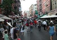 Little Italy in New York is the perfect place to find fresh and delicious Italian cuisine