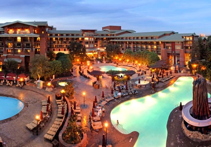 Disney's Grand Californian Hotel & Spa in Anaheim, California,is a 948-room Craftsman-inspired resort