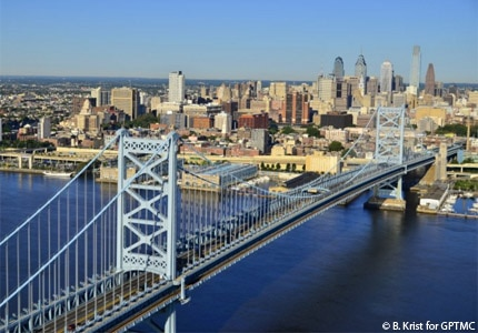 The Benjamin Franklin Bridge against the Philadelphia skyline in Pennslyvania