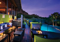 The Edge bar at Sanctuary Camelback Mountain Resort & Spa in Scottsdale