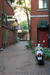 A quiet alleyway in Portsmouth, New Hampshire