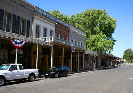 Walk by the shops in Old Sacramento in California