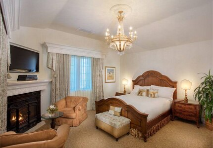 A guest room at Santa Ynez Inn in California