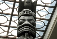 A totem pole at the Royal Ontario Museum in Canada