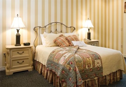 A guest room at Chateau Chantal in Traverse City, Michigan