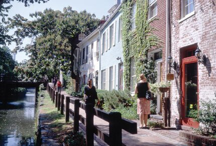 The quaint and quiet sidewalks of Georgetown in Washington, DC