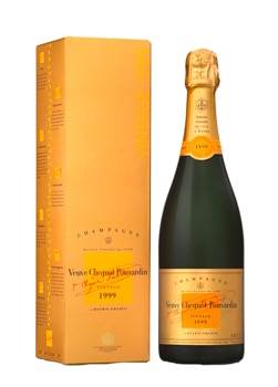 Champagne Veuve Clicquot 1999 Vintage is bold and rich with creamy flavors of hazelnut