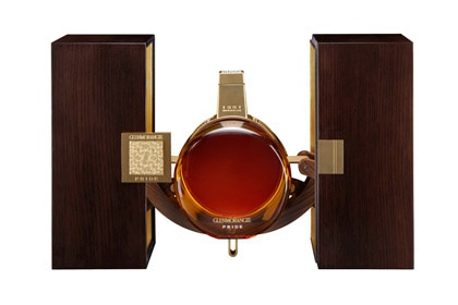 Glenmorangie Pride 1981 comes in a Baccarat crystal decanter packaged in a rare wooden box