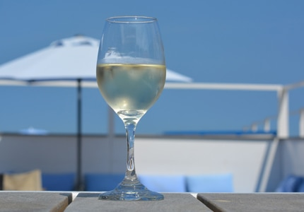 Discover the best summer wines for your outdoor soiree