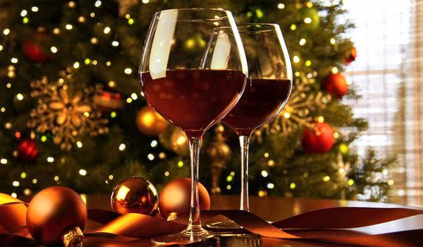 From rich reds to Champagne and dessert wines, find the perfect bottle for your holiday feasts and celebrations on GAYOT's list of Top 10 Holiday Wines