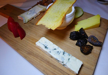 Find great wines to pair with a variety of cheeses