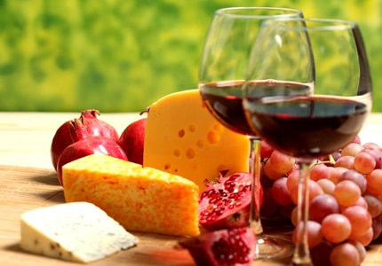 Red wine can be served with a wide variety of dishes