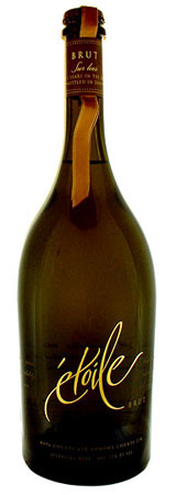 The Etoile Brut from Domain Chandon features a lingering, creamy flavor