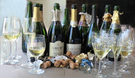 Check out GAYOT'S top-rated Sparkling Wines of 2017