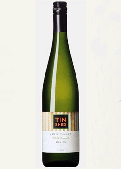 Tin Shed Wild Bunch Eden Valley Riesling, a good white wine for Valentine's Day