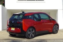 2015 BMW i3 side view