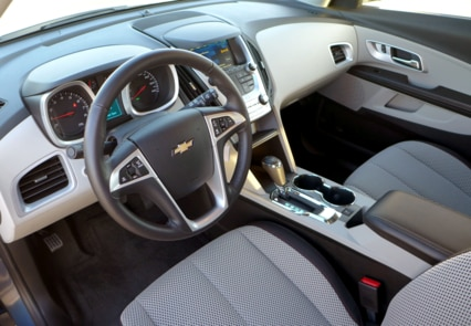 A view of the light titanium interior with jet black trimmings in the 2016 Chevrolet Equinox FWD LT