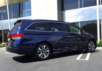 2015 Honda Odyssey 5-Door Touring Elite back view