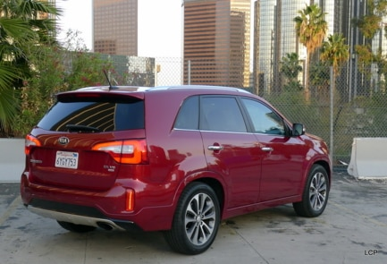 2014 Kia Sorento rear view