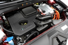 2015 Lincoln MKZ Hybrid Black Label engine