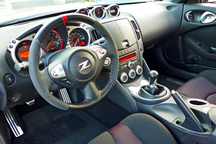 2014 Nissan 370Z Nismo steering wheel