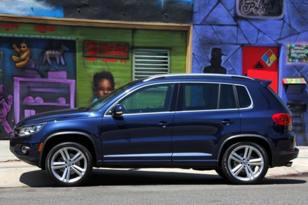2014 Volkswagen Tiguan side view