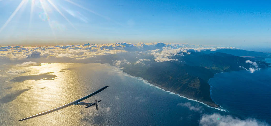 The Solar Impulse 2 flies over Hawaii en route to San Francisco