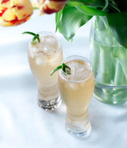 Abuelo Sparkler Cocktail