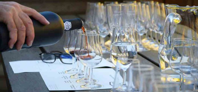 GAYOT Wine Rating Guide