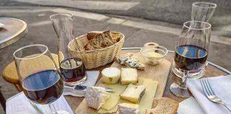 Wine cheese pairing
