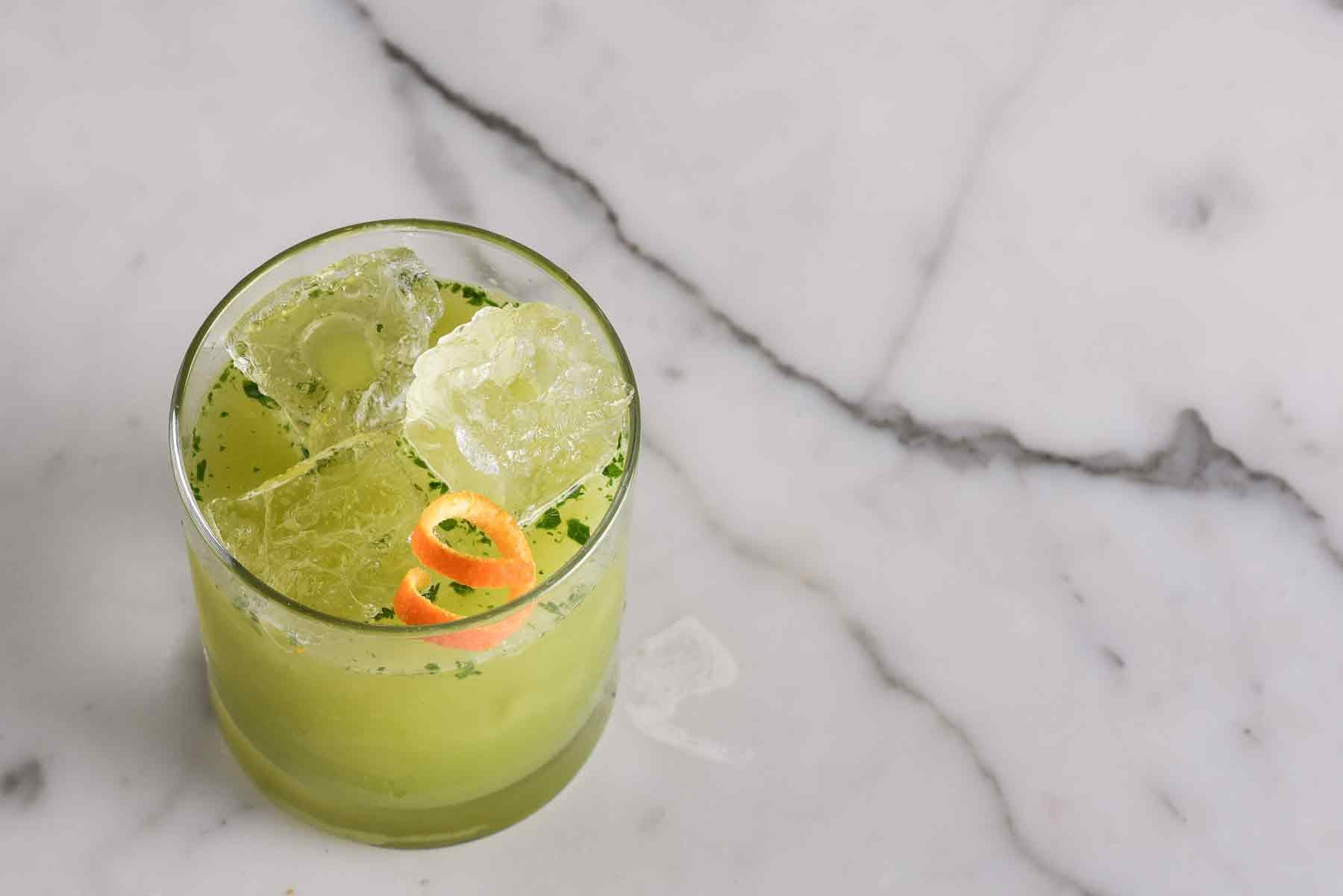 Mezcal cocktail Smokin Greens