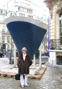"Sophie Gayot in Paris in front of the ""nez"" of the France"