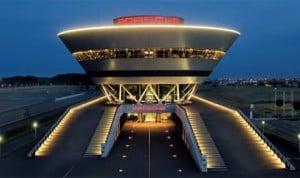 The striking Customer Center at Porsche Leipzig