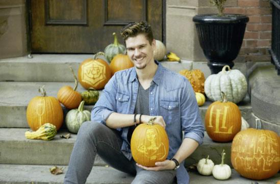 Master pumpkin carver Brent Heuser