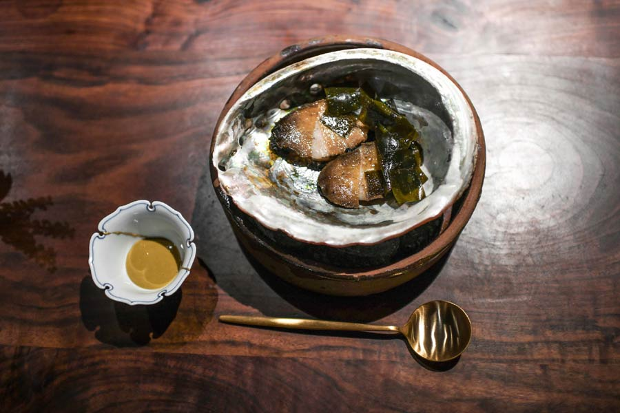 Saison's abalone with a sauce of its liver (Bonjwing Lee Photography)