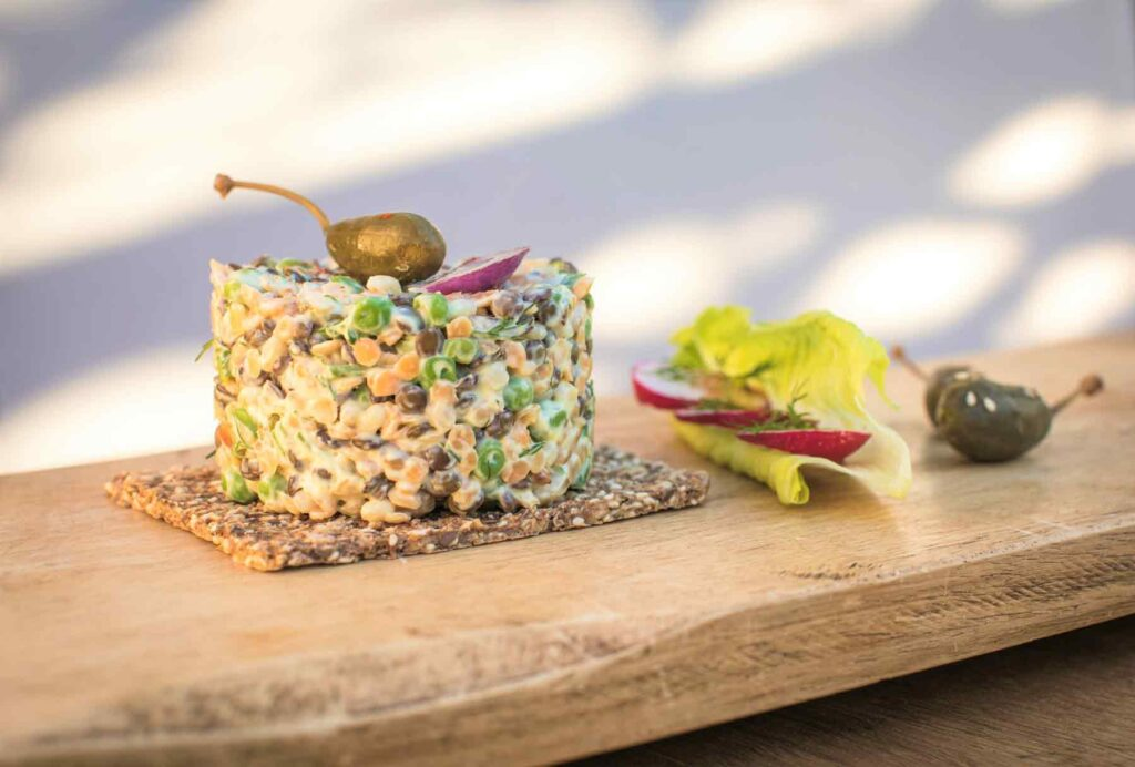 Vegan recipe creamy vegetable tartare with quinoa