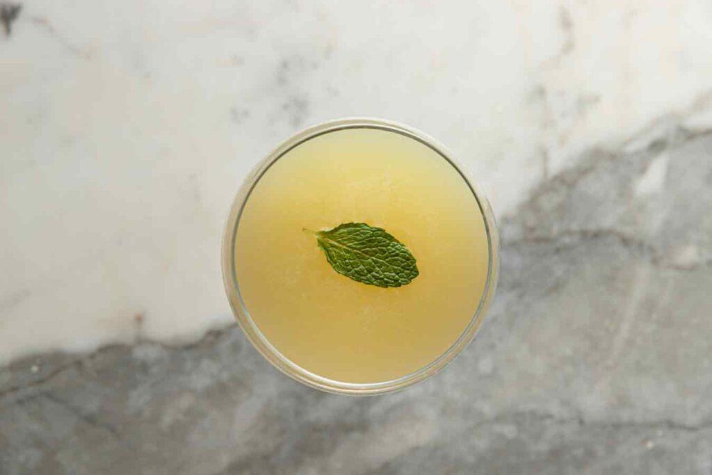 Mezcal cocktail Papa Viejo