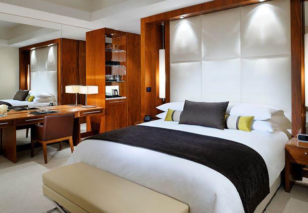 A guest room at JW Marriott Marquis Hotel Dubai