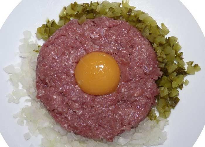 Steak tartare, a common dish at brasseries