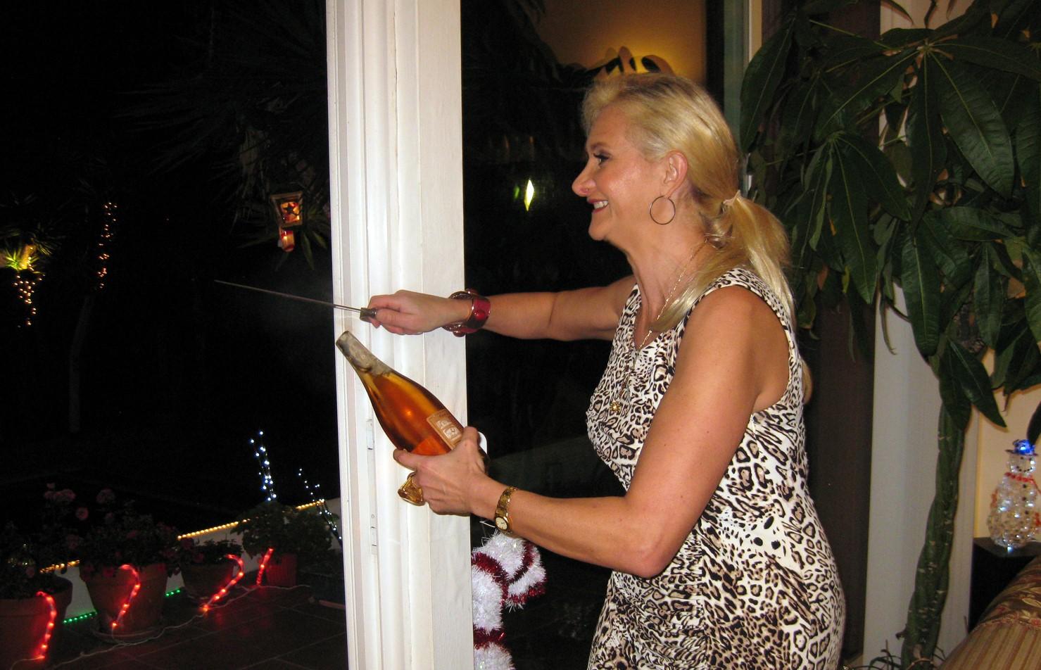 Sabrage Rosé Champagne Sophie Gayot