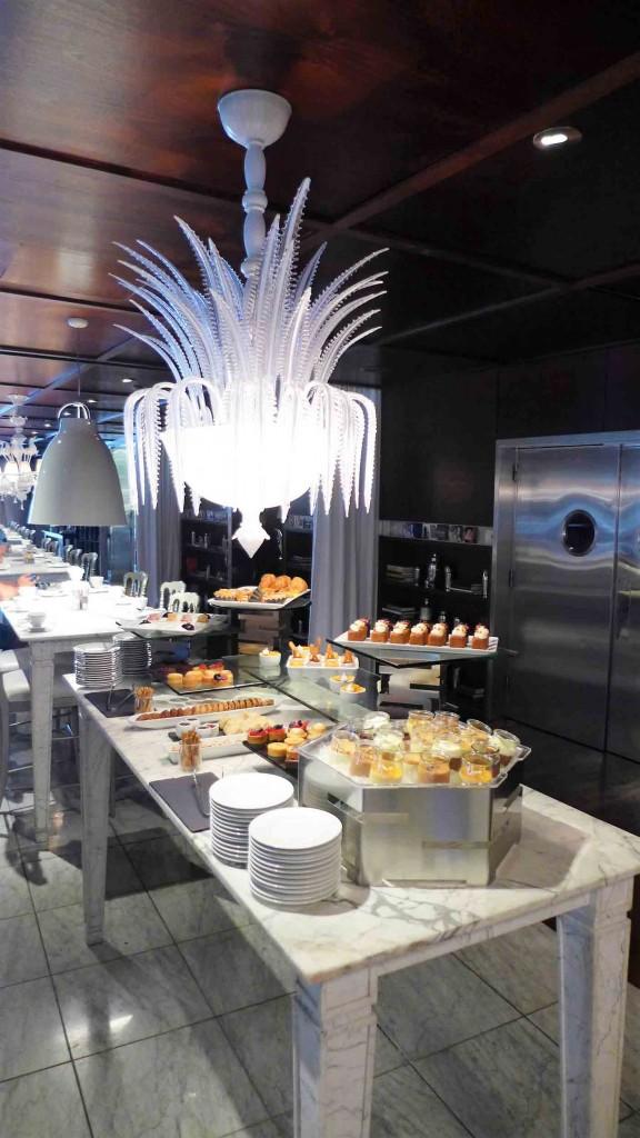 Brunch dessert buffet